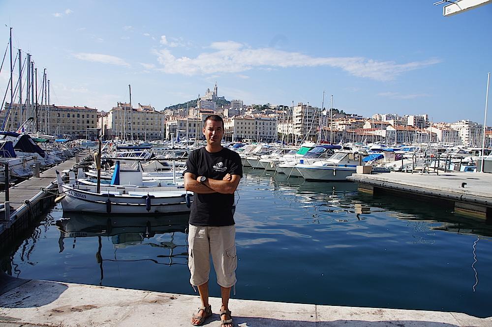Marseille, Vieux-Port, pollution, filets de pêche